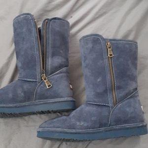 Fleece lined boots